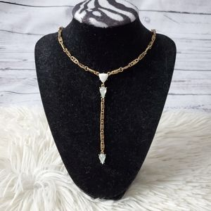 Pretty fashion necklace